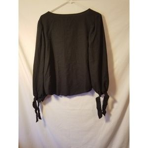 Urban Outfitters Tops - Urban Outfitters blouse size medium